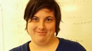 TEMA HUMOR: Natalie tipsar om komediserier