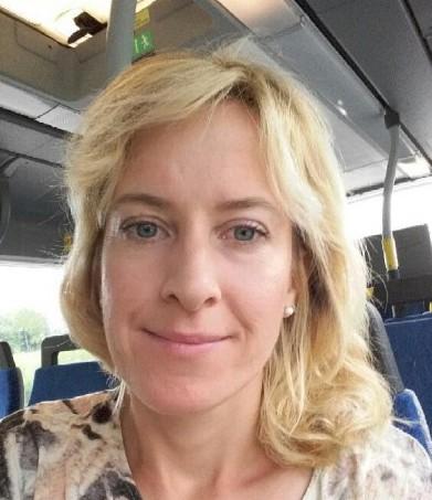 T.G.I.F TEMA SEMESTER Med Annelie Mujanovic